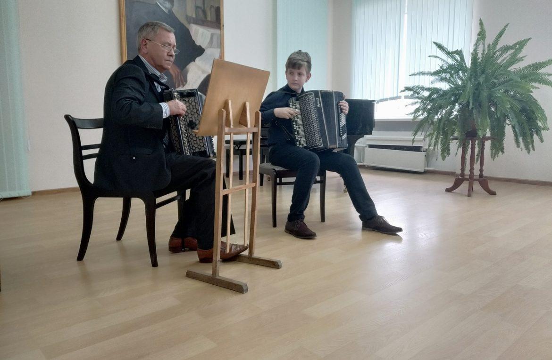 15 февраля прошел открытый академический концерт на отделении баян/аккордеон.