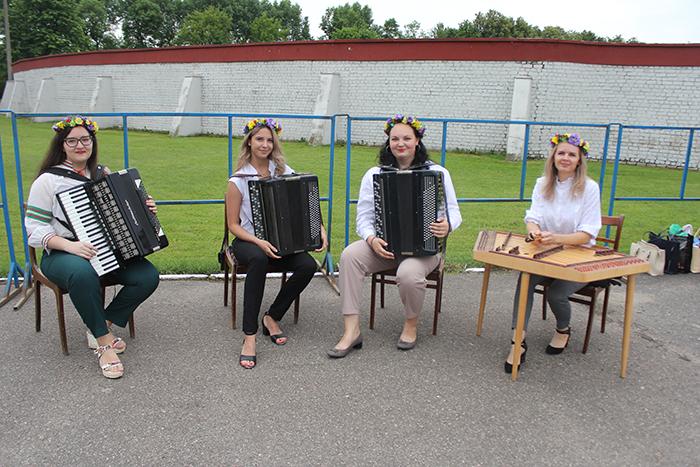 Учителя школы приняли участие в тематической площадке в День Независимости.